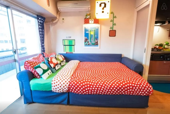 mario-apartment-couch-bed
